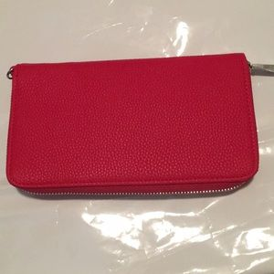 thirty-one Bags - Thirty One Benjamin Wallet Red NIP